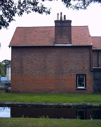 Grand Canal, A House with not much by way of windows